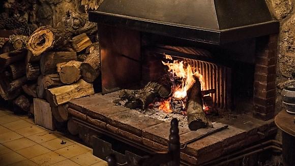 燃える暖炉_2