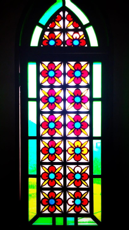 旧野首教会 ステンドグラス