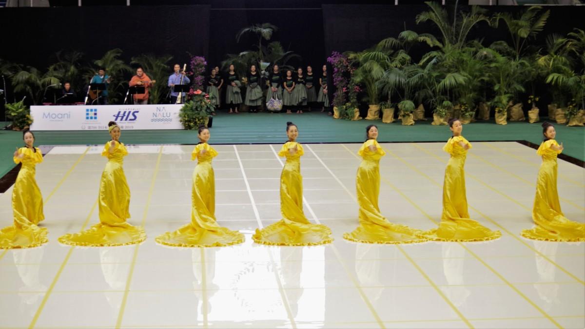 フラダンス教室~カレイヒイマクア~全日本フラ選手権団体アウナナリハーサルの風景