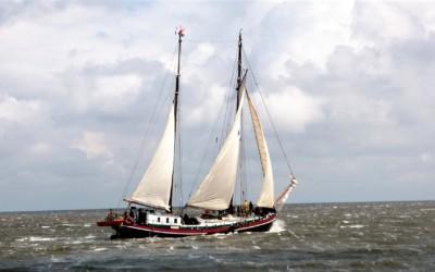 ハワイアン・ソング『Kau Ka Pe'a(カウ・カ・ペア)』~心の船に帆を張って、漕ぎ出そう世界へ!